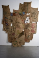 10_2006-comment-on-kabbadias-poetry-sacks-rope-wood-paper-charcoal-350x270-cm.jpg